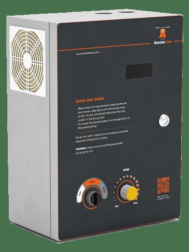 Controlbox des MonsterFans, eines Großventilators für die Industrie.
